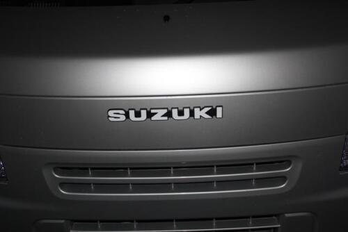 NEW Genuine Suzuki Badge for SJ VITARA Samurai EMBLEM Silver 77814-80000-8VP