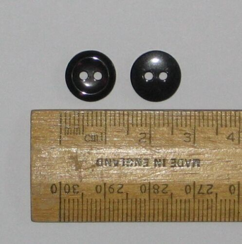 10 pack Black round plastic Buttons 11.6mm 2 holes British small Ref P2575-18