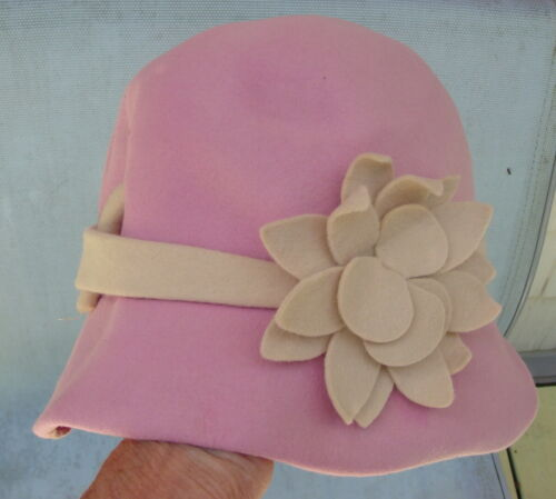 Pink 1940s Hat Dachette by Lilly Dache