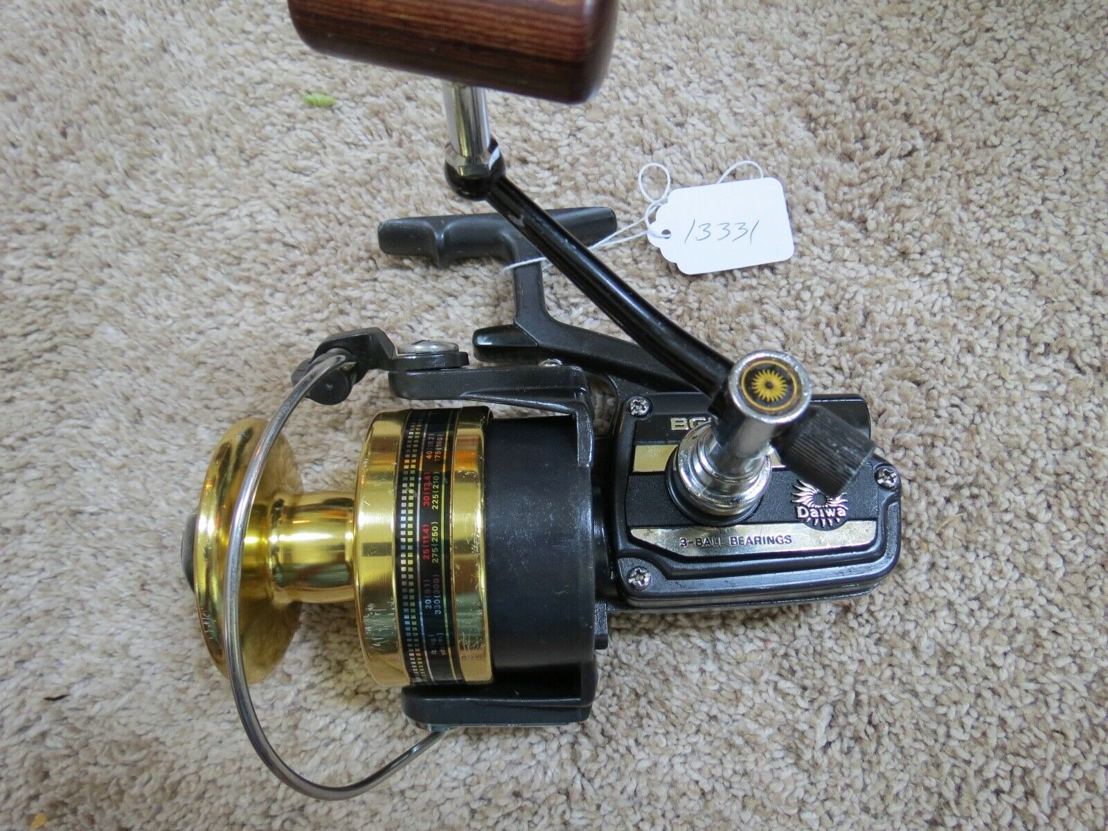 Daiwa BG90 Surf  fishing reel made in Japan lot 13331