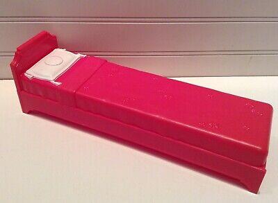 2009 Mattel Barbie Doll House Furniture Pink Bed
