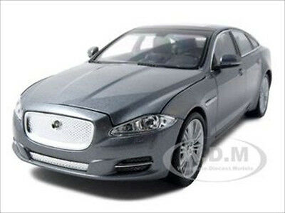 JAGUAR XJ GREY 1/24 DIECAST MODEL CAR BY WELLY 22517