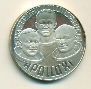 Apollo-11-Sterling-Medal-First-Man-On-Moon-27-grams-Sterling-Silver