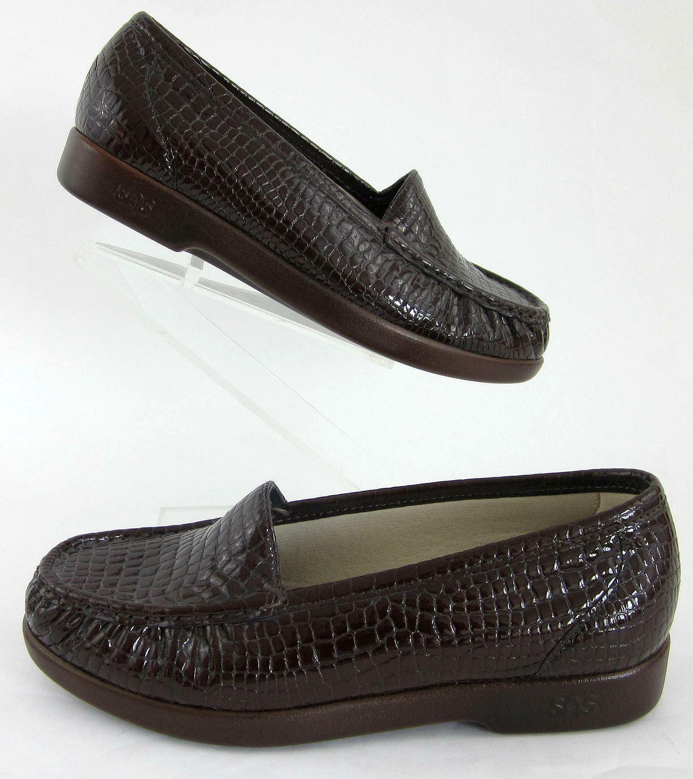 New  SAS Simplify Moccasin Loafers Brown Croc Leather Sz 6.5WW No Insoles