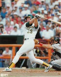Mark-McGwire-Oakland-Athletics-UNSIGNED-8x10-Photo