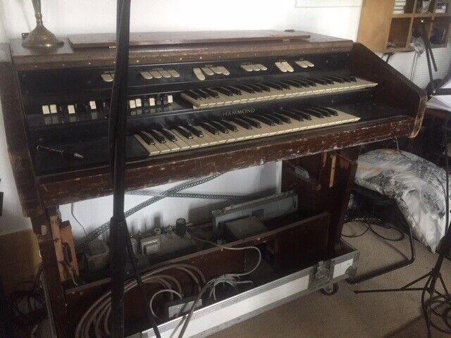 Hammondorgel, HAMMOND L100