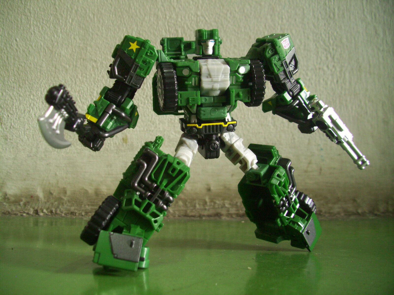 Transformers Unite Warriors UW-EX Lynx Master Hound