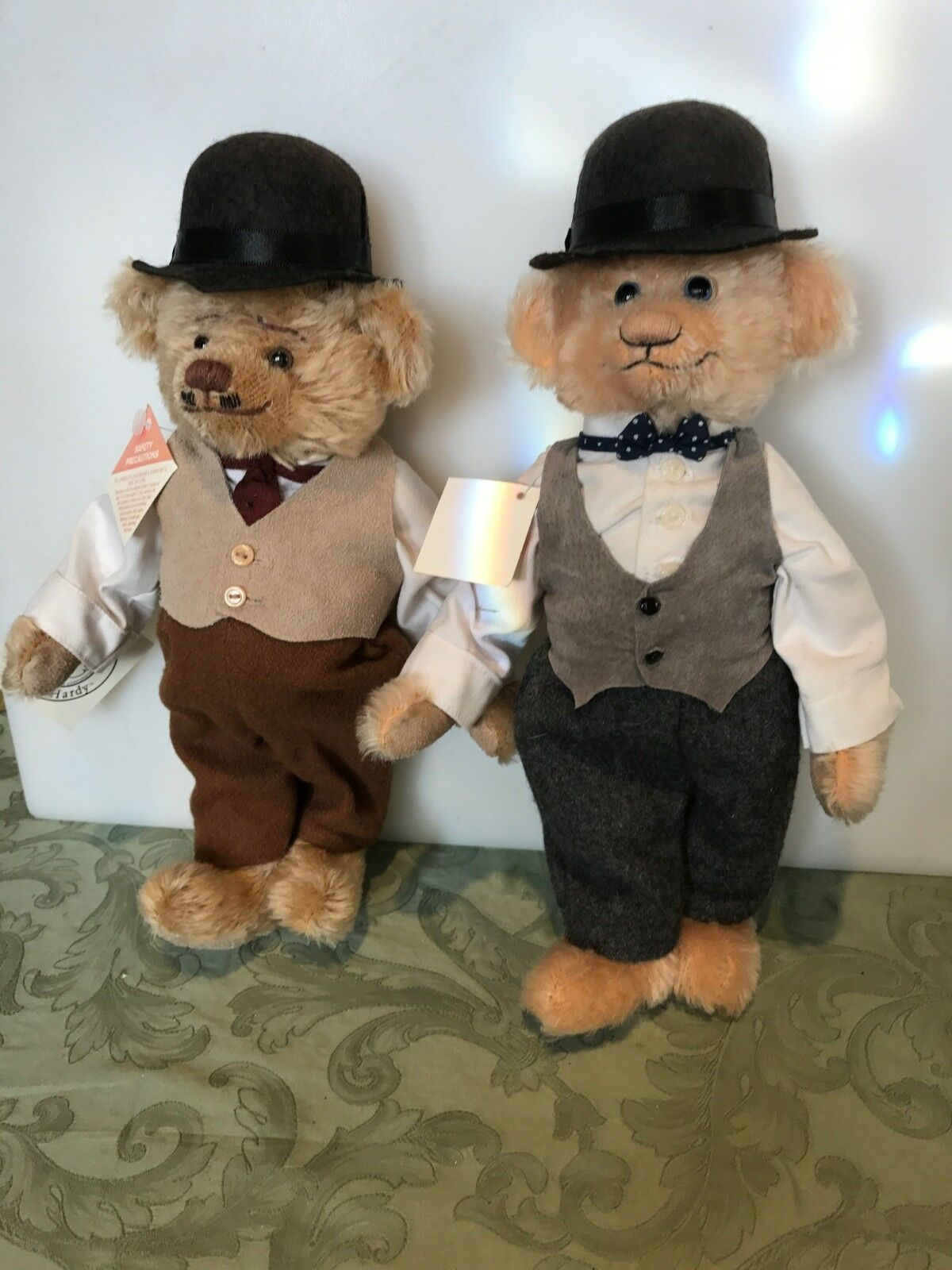 LAUREL AND HARDY BEARS BY COOPERSTOWN BEARS NEW w Tags  100/2000