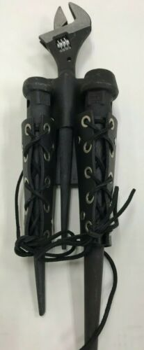 Ironworker Oil Tan Leather Bull Pin Holder Black