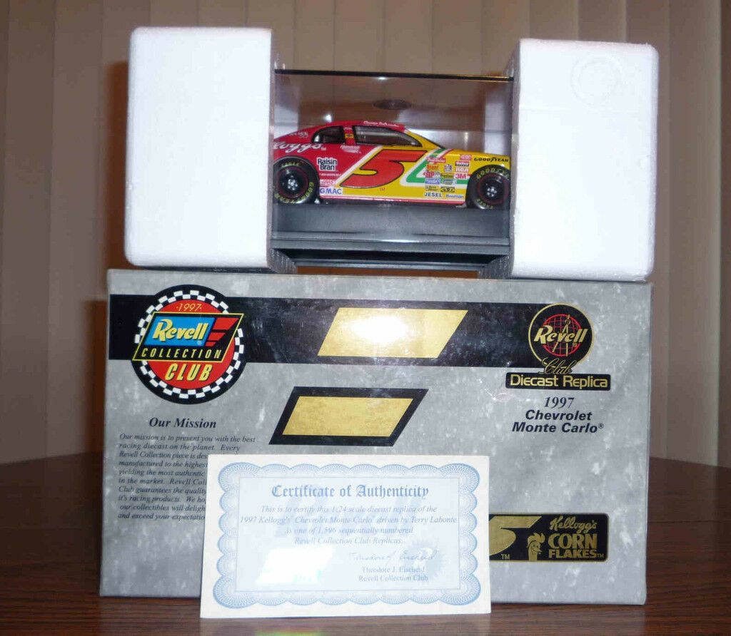 Kelloggs Corn Flakes 1997 Revell Chevy Monte Carlo-Nuevo