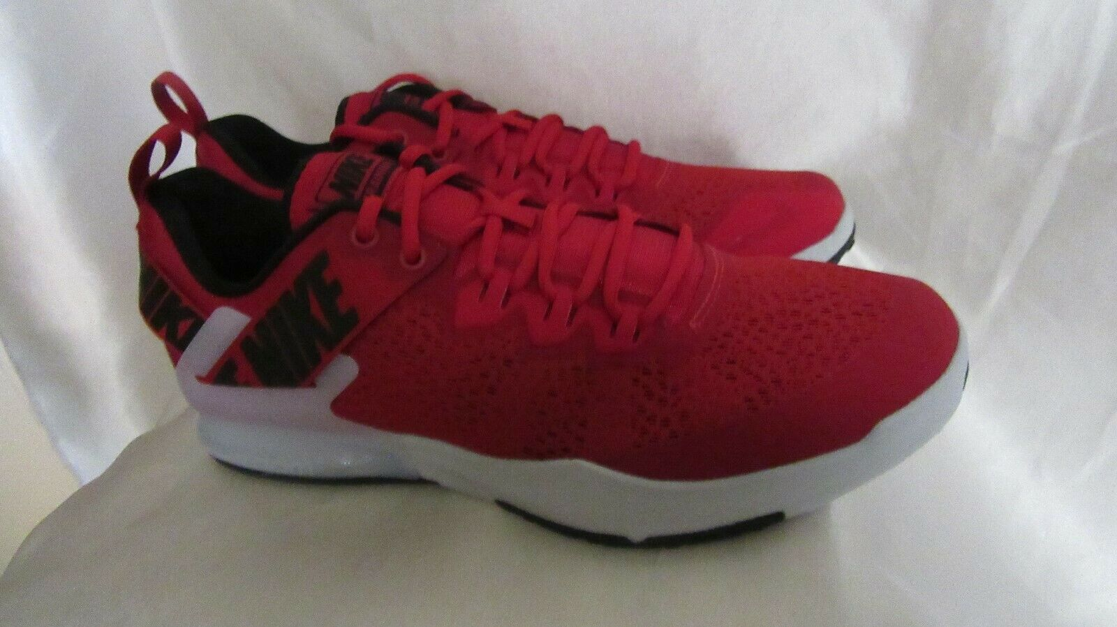 MEN`S NIKE ZOOM DOMINATION TR 2 ATHLETIC SNEAKERS SIZE 10.5M NEW  AO4403 600 RED