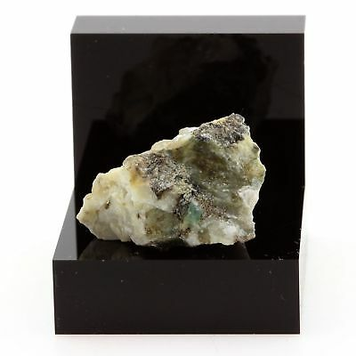 42.41 Ct Quartz Itabira Brazil Phlogopite Minas Gerais Hearty Emerald Green
