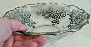 Vtg-Clear-Glass-SILVER-OVERLAY-8-3-4-034-Handled-SERVING-BOWL-Scalloped-FLORAL