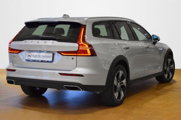 Volvo V60 CC 2,0 D4 190 aut. AWD - billede 2