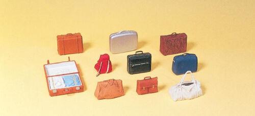 Preiser 17007 HO Reisegepäck Bausatz farbig unbemalt