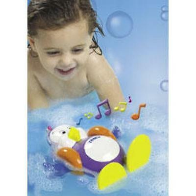 Tomy AquaFun Splashy The Penguin Childs Bath Water Toy