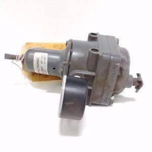 Control air type 300 pressure regulator