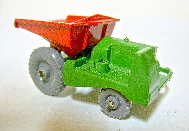 Matchbox RW 02B Dumper green & red greye Plastikräder gekniffene Achsen