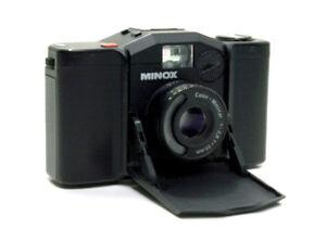 Fotocamera-Minox-35GL-con-color-Minotar-35-2-8