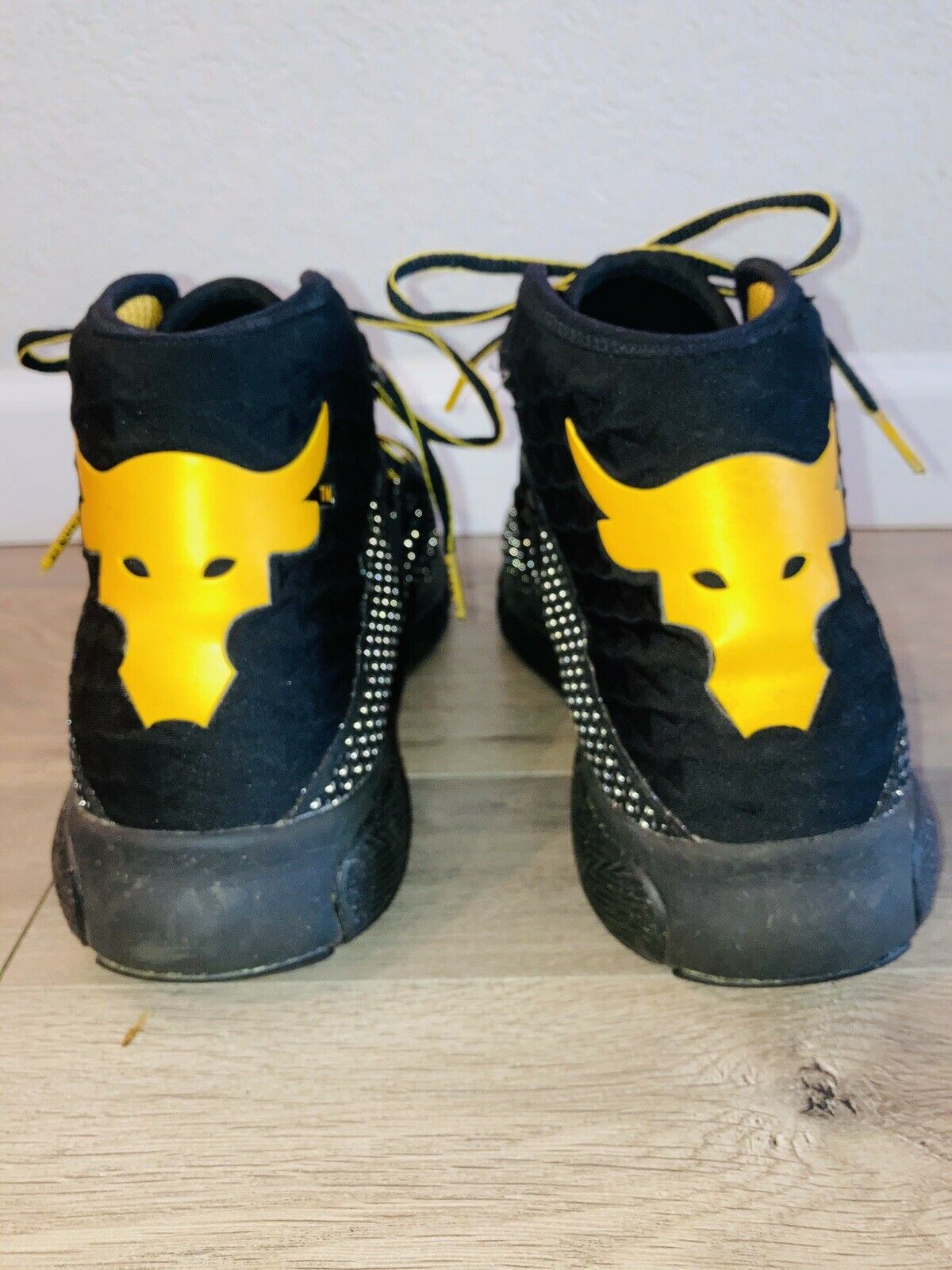 Tutor Facturable Bien educado  Under Armour UA Project The Rock Delta Highlight Shoes Black Yellow 12.5  for sale online   eBay