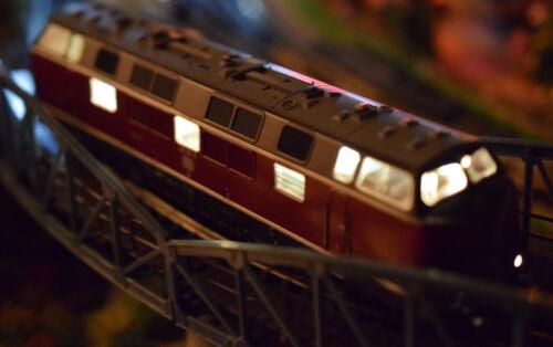 Trix Express BR221 Beleuchtung LED flackerfrei Maschinenraum Frontbeleuchtung