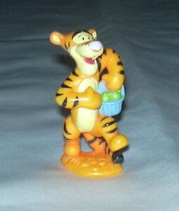 TIGGER w BASKET Mini Figurine Figure PVC TOY Cake Topper ...