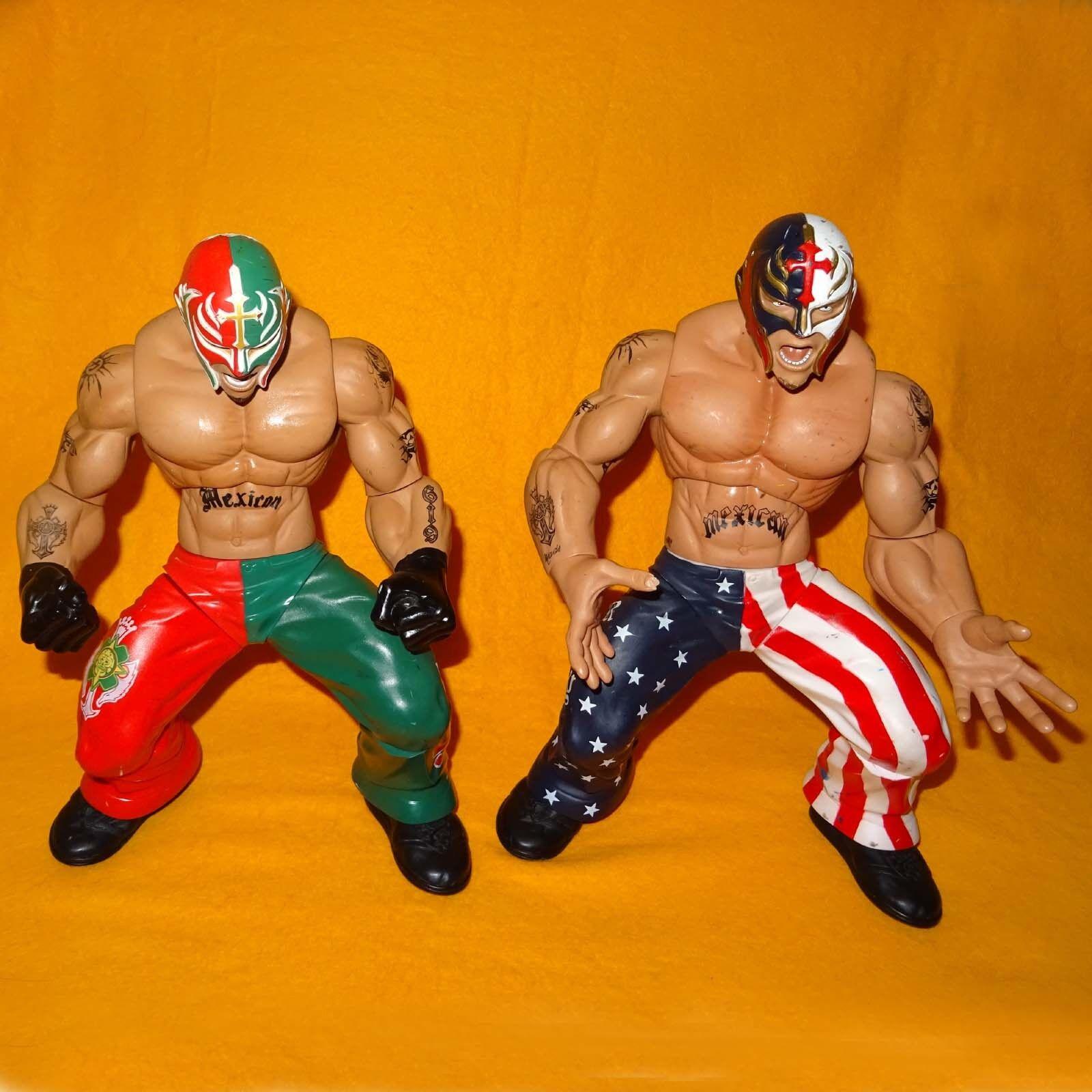2005 JAKKS WWE WORLD WRESTLING RING GIANTS REY MYSTERIO 14  POSEABLE FIGURE LOT