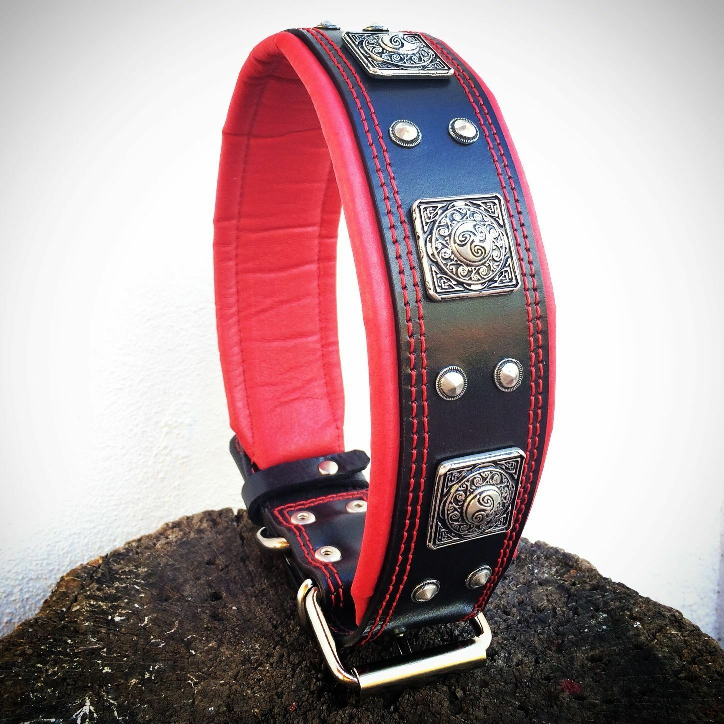 Bestia leather collar, hand made, rivet decoration, XXL size dog collar
