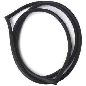 BRAND NEW JAGUAR XJS REAR SCREEN RUBBER//SEAL SUIT FROM 1975 TO 1989