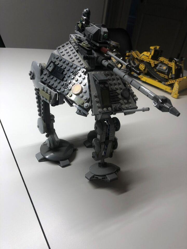 Lego Star Wars, At ap Walker tank