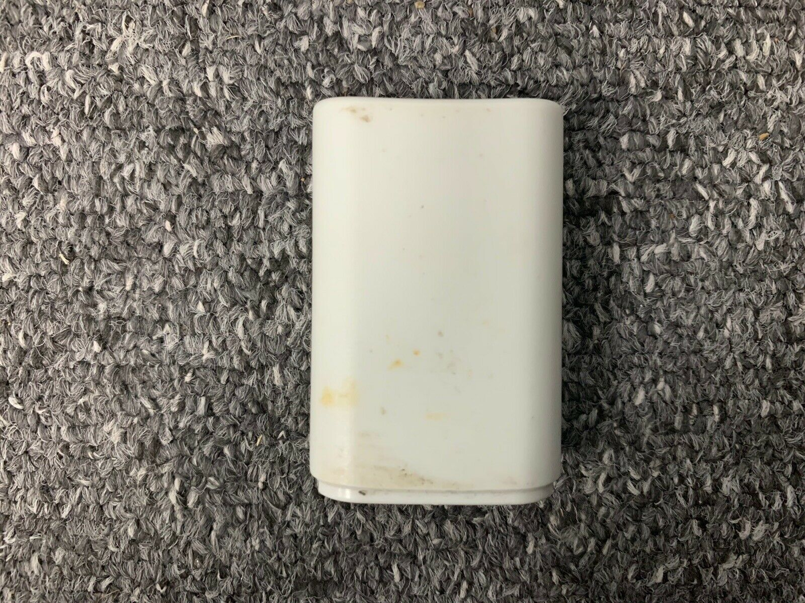 White Microsoft Xbox 360 Rechargable Battery Pack For Controller