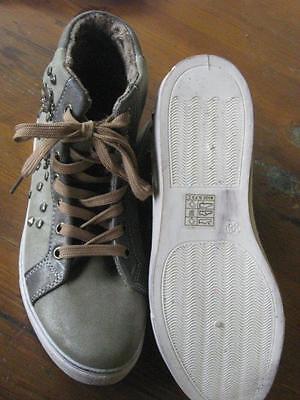 Super Schuhe Gr. 38 neu