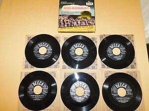 VINTAGE-1949-DECCA-OKLAHOMA-6-45-RPM-RECORD-SET-in-BOX