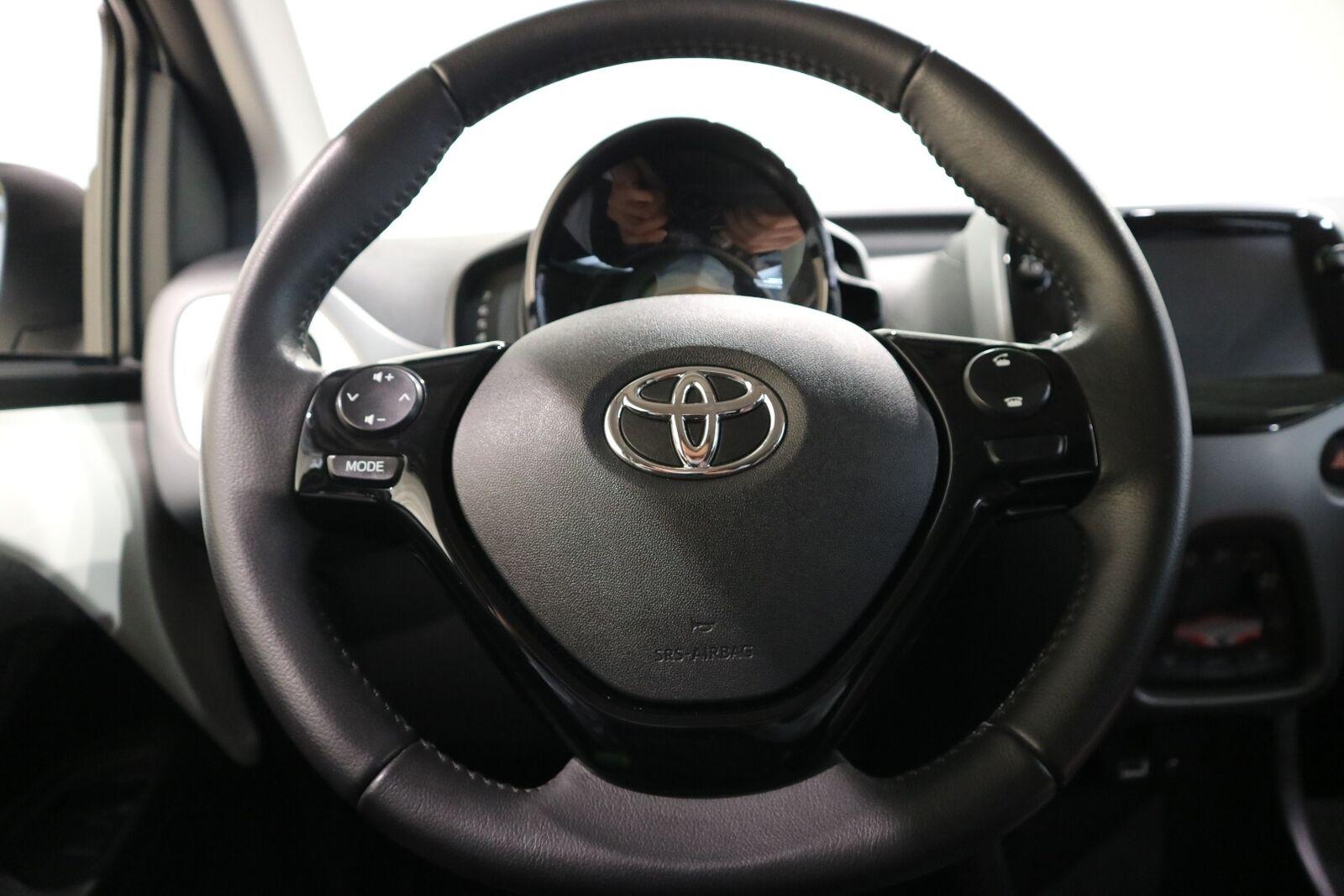 Toyota Aygo 1,0 VVT-i x-pression x-shift - billede 3