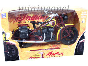 NEW-RAY-42113-1934-INDIAN-SPORT-SCOUT-CLASSIC-MOTORCYCLE-1-12-BROWN