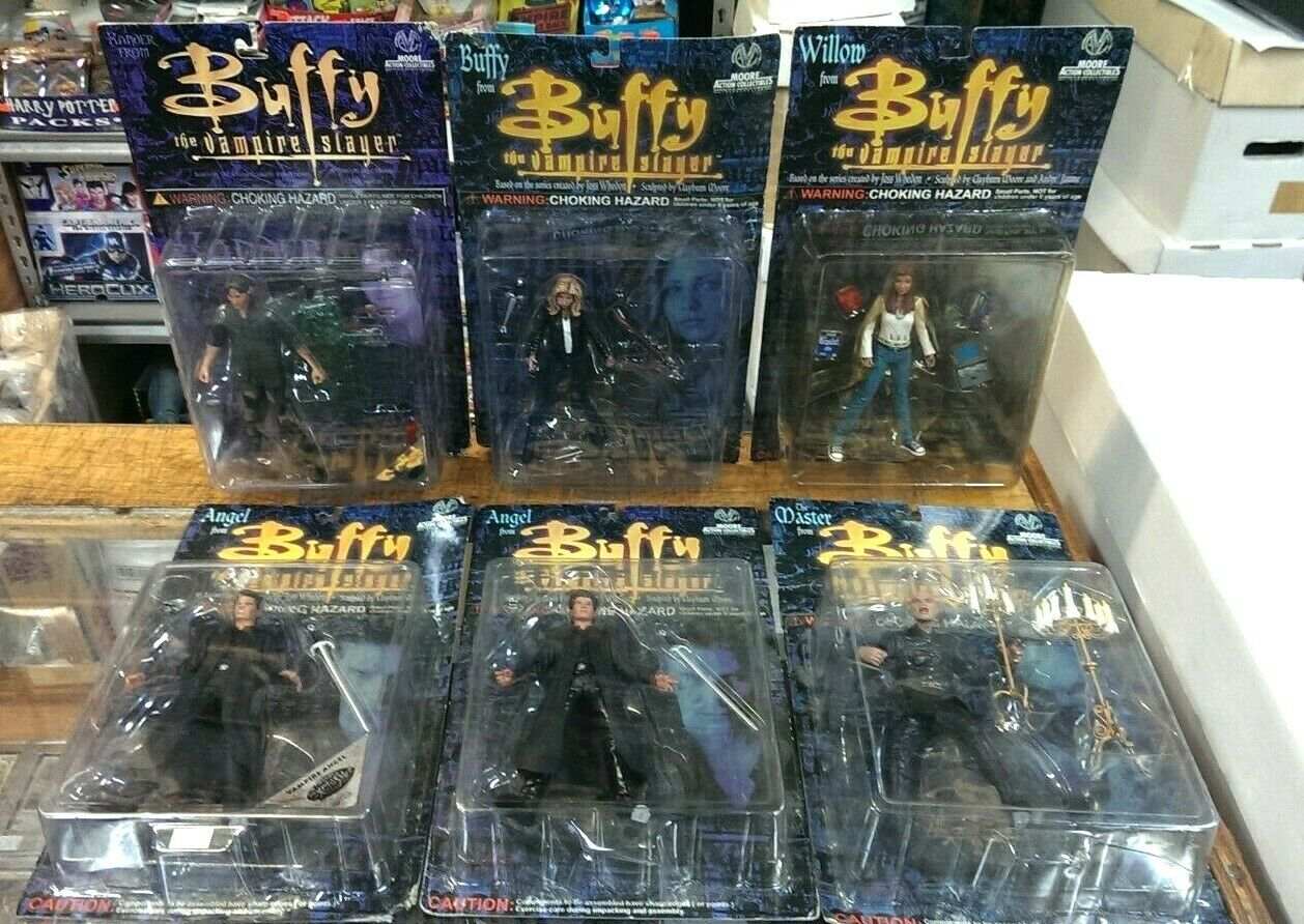 6 different - Buffy The Vampire Slayer - Sealed Action Figures (Moore Action)