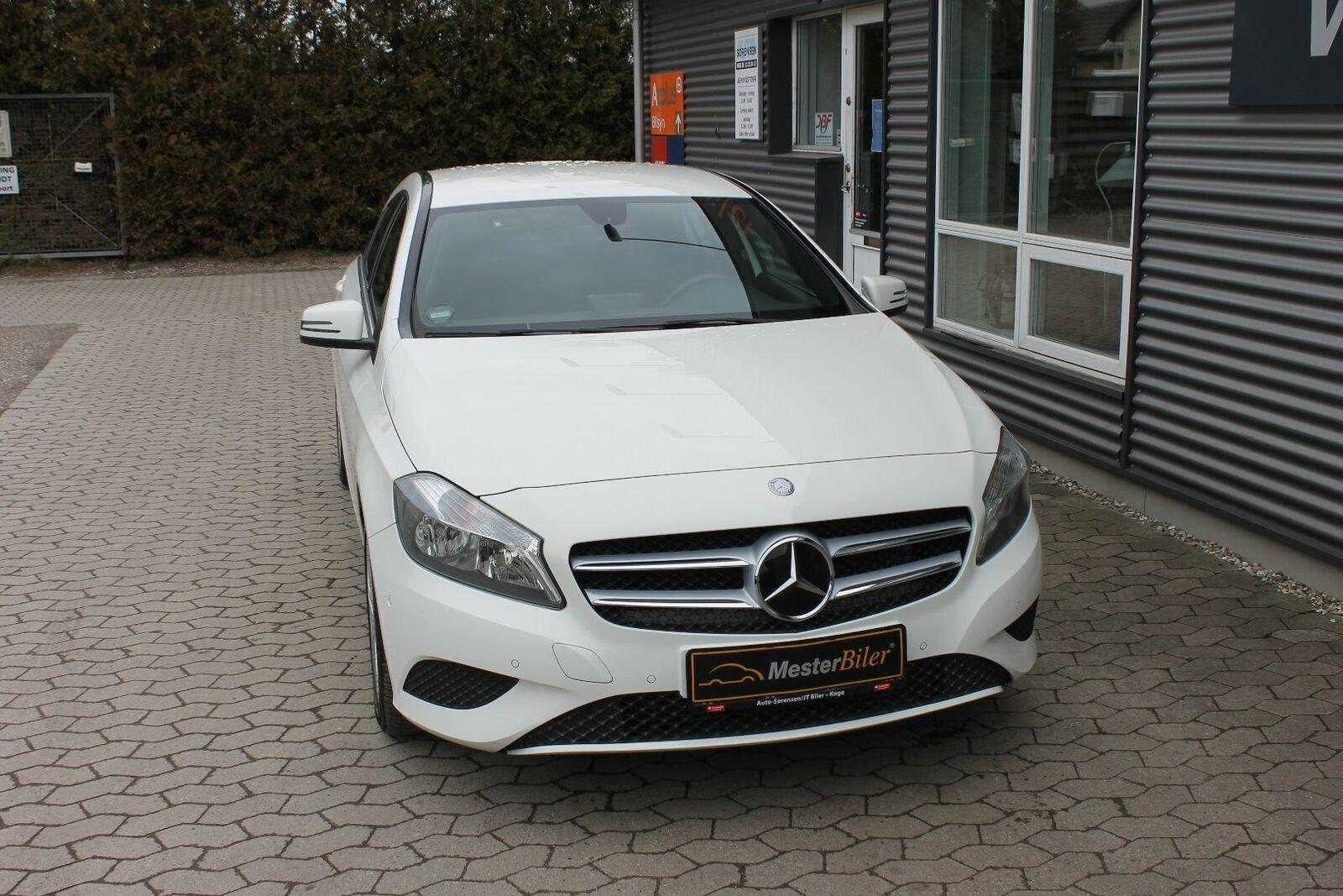 Mercedes A200 1,6 Urban 5d - 209.800 kr.