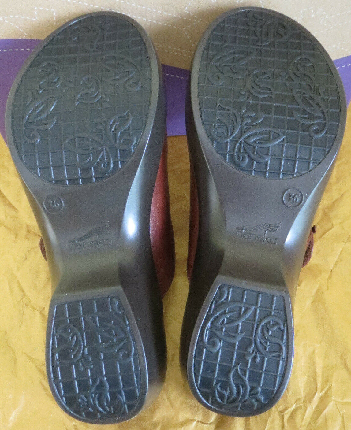 NIB Dansko Damenschuhe Damenschuhe Burnished Full 6 Grain Clog Slipper Schuhes 36 US 6 Full Braun f2afd4