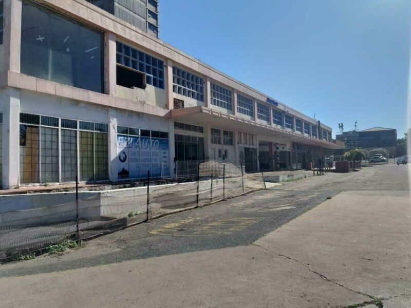 GREAT DEVELOPMENT OPPORTUNITY IN EDENVALE