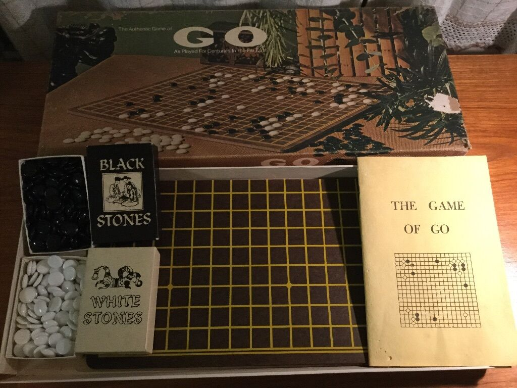 VTG 1951 The Authentic Game of GO in original box by E.S. Niedrige