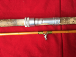Vintage-Alcocks-Easicast-Saltwater-spinning-Pike-Fishing-Rod-2-piece-9-7-034
