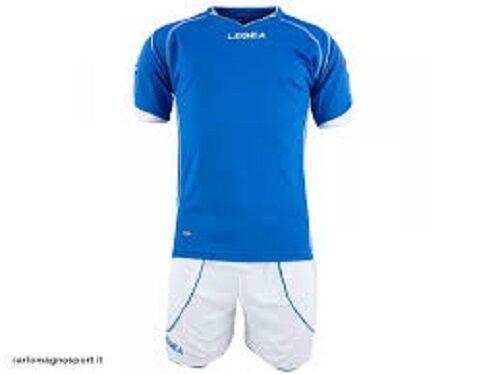 kit Legea Parigi:maglia + pantaloncino azzurro/bianco