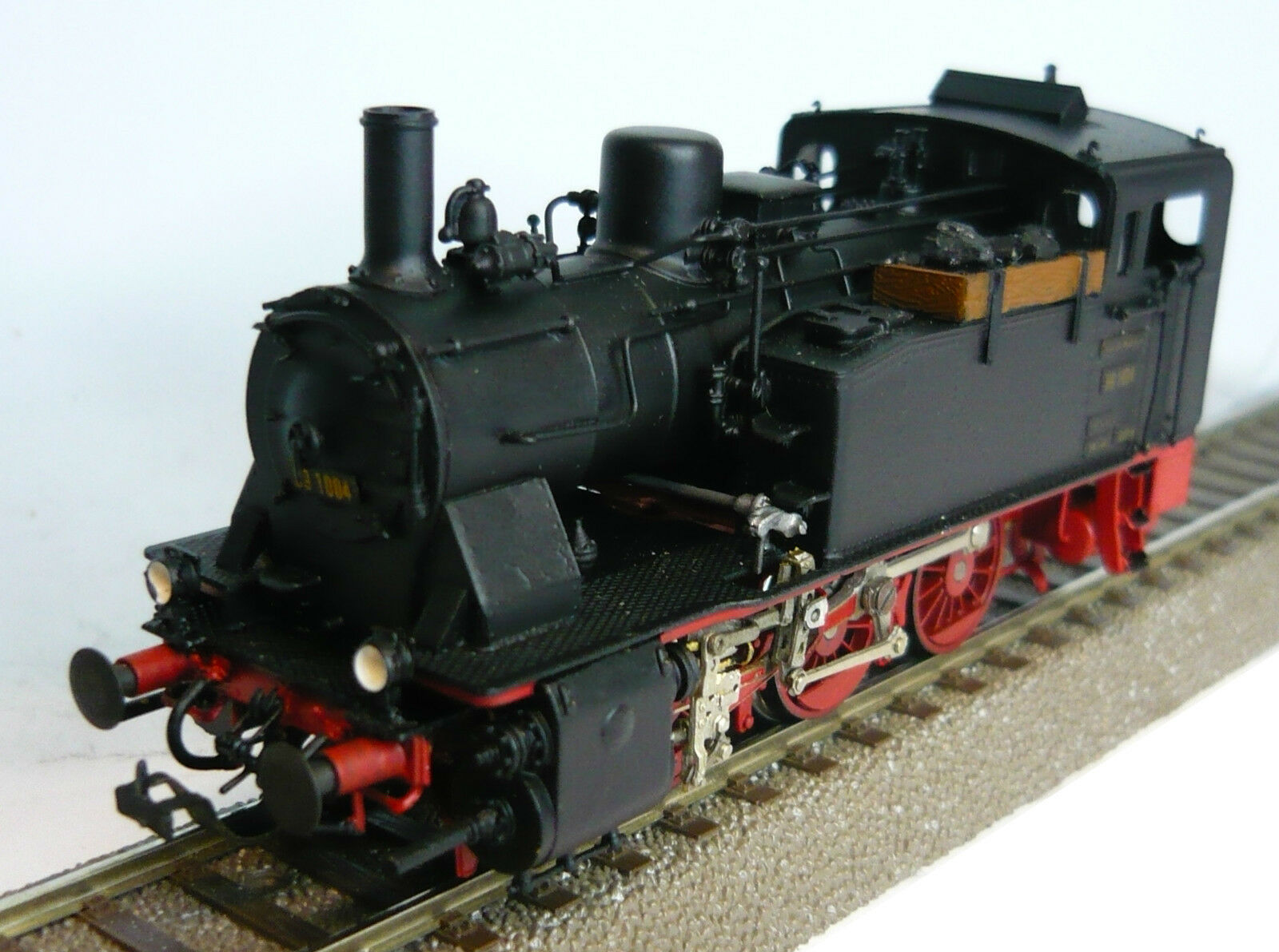 Western Model 891004 Tender Steam Locomotive of the DR Epoch III