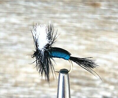 12 x SIZE #12 BLOWFLY CRYSTAL HUMPY DRY FLY FISHING FLIES