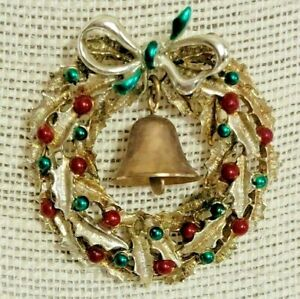 """Vintage Gold Tone Red Green Enamel Christmas Wreath Dangle Bell Pin Brooch 2"""""""