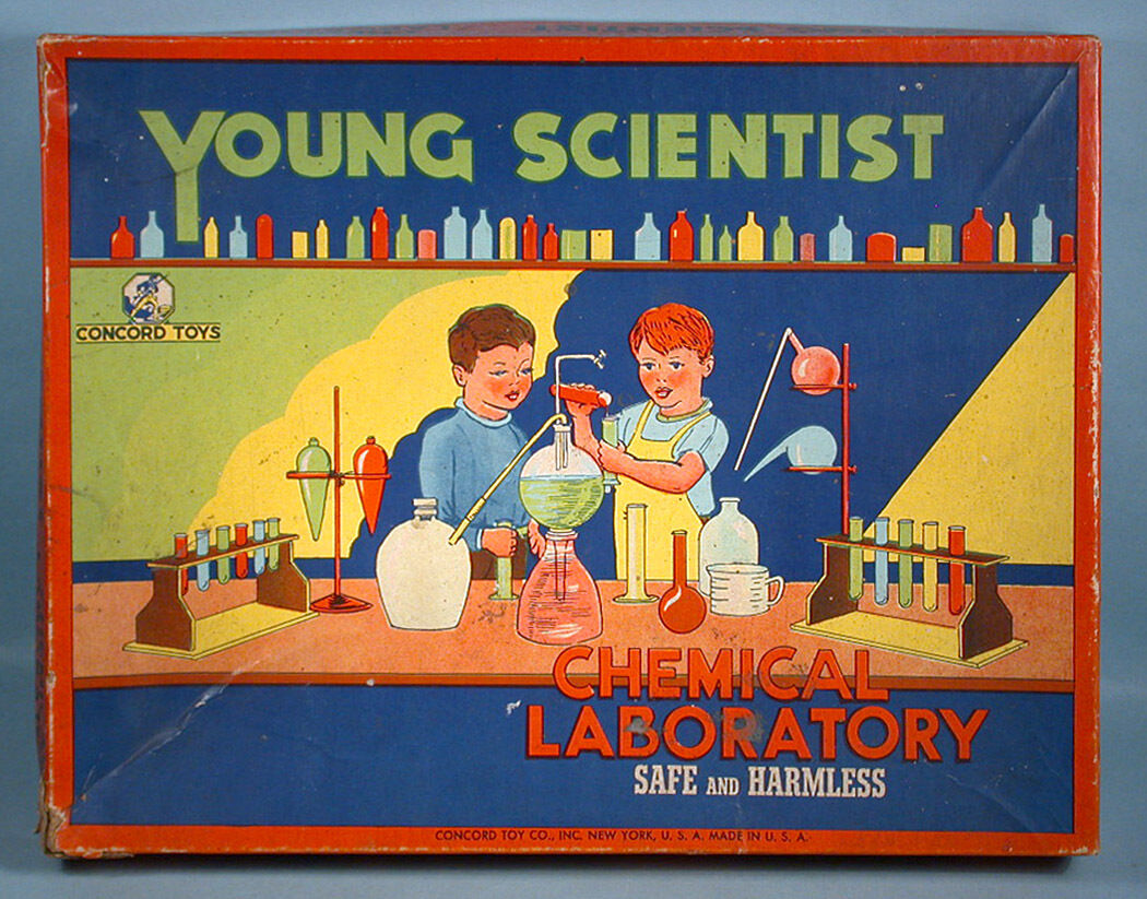 1940s Young Scientist Chemical Laboratory Chemistry Set Box Concord Toy Co.