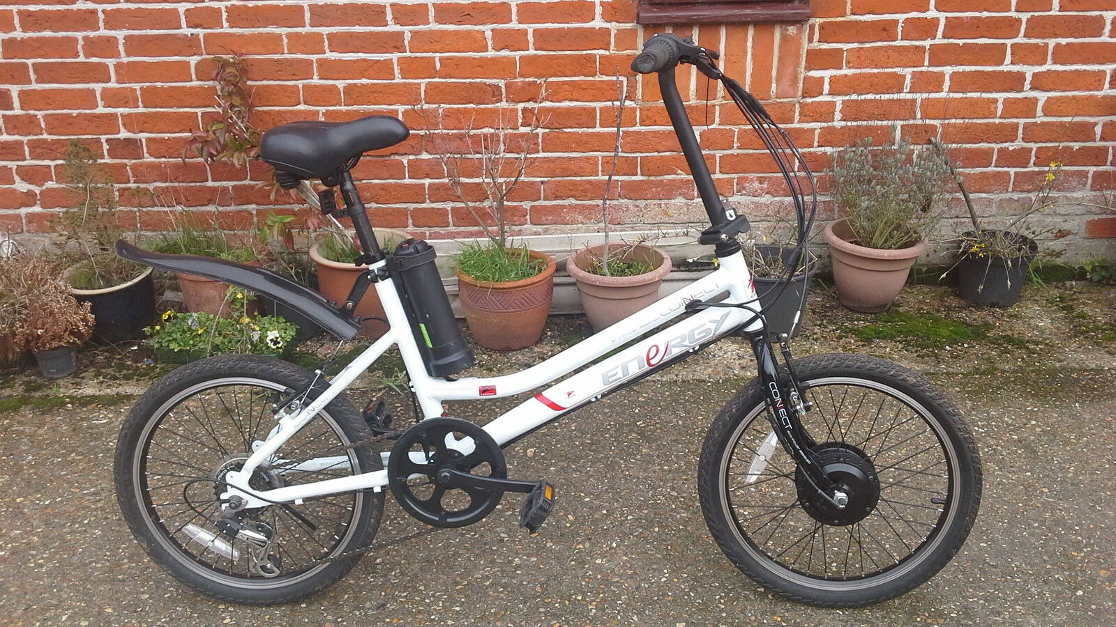 Battery  cycle power assisted conenect energy bike