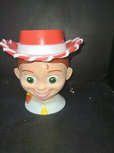 Toy-Story-Jessie-Cowgirl-Disney-on-Ice-Plastic-Cup-Mug-with-Flip-Hat-Lid