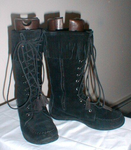 GORGEOUS L L BEAN MID CALF LACE FRONT FRINGED SUEDE LEATHER BOOTS SIZE 8 1/2 M