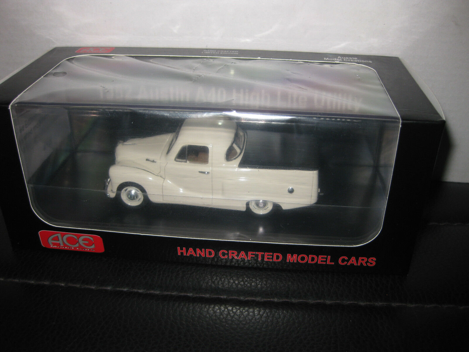 ACE MODEL CARS 1952 AUSTIN A40 HIGH LITE UTE  LIGHT CREAM  UTE LTD EDITION